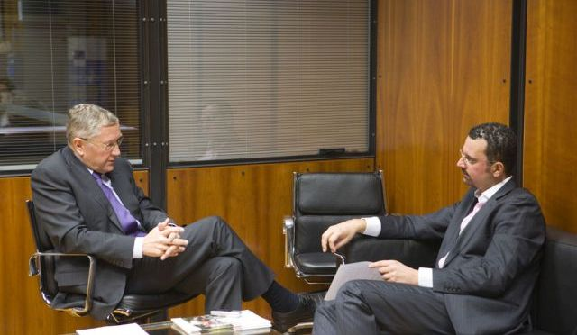 ESM 's Regling is commenting the Greek and Cypriot program (interview)